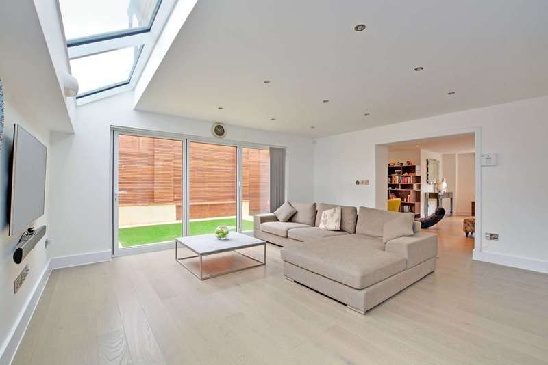 4 Bedrooms House for sale in Ardmere Road, Hither Green, SE13
