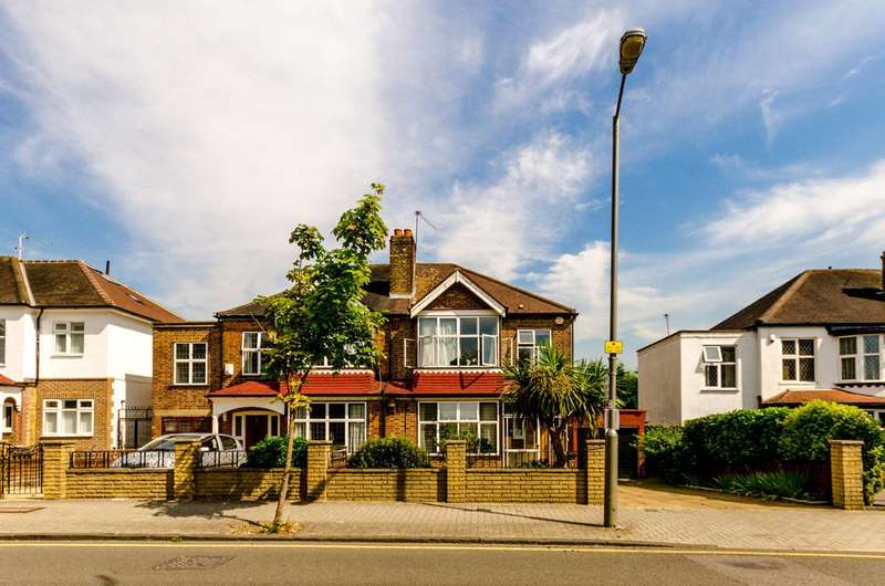 3 Bedrooms House for sale in Sutherland Grove, Southfields, SW18
