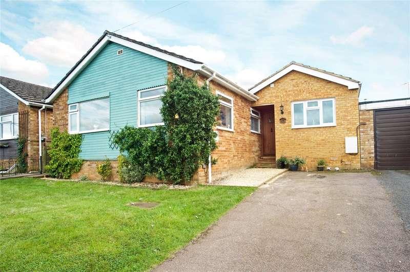 4 Bedrooms Detached Bungalow for sale in St. Johns Way, Hempton, Banbury, Oxfordshire, OX15