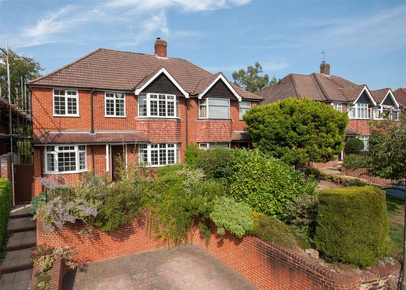 4 Bedrooms Semi Detached House for sale in Parkgate Road, Reigate, RH2