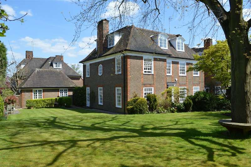 7 Bedrooms House for sale in South Square, Hampstead Garden Suburb, NW11