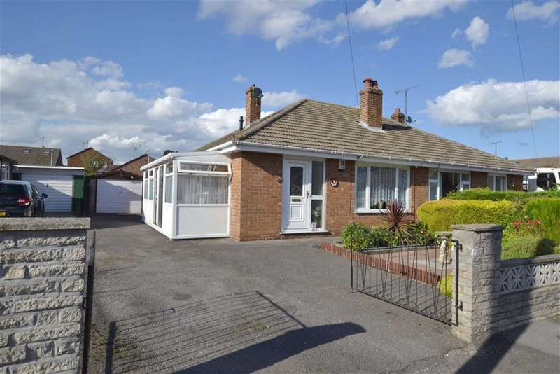 2 Bedrooms Property for sale in Mill Close, Bridlington, East Yorkshire, YO16