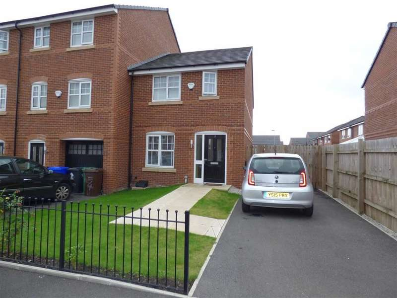 3 Bedrooms Property for sale in Barsham Close, Lower Crumpsall, Manchester, M8