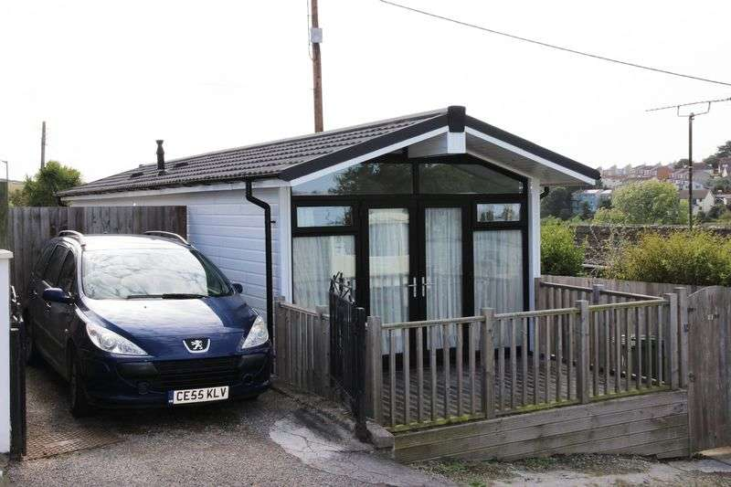 2 Bedrooms Detached House for sale in Trenance Caravan Park, Newquay