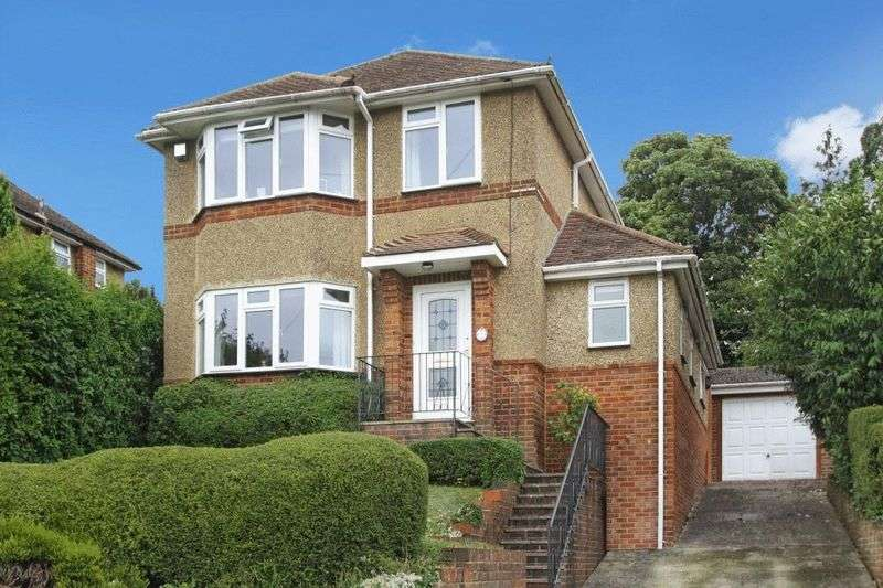 4 Bedrooms Detached House for sale in Talbot Avenue, Downley, High Wycombe