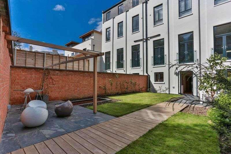 6 Bedrooms Semi Detached House for sale in Malvern Place, Cheltenham