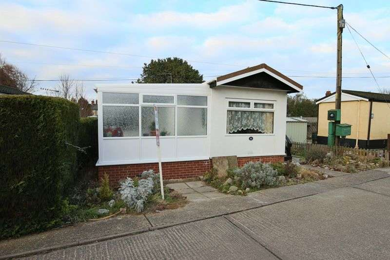 1 Bedroom Property for sale in The Beeches off Victoria Road, Oulton Broad, Lowestoft