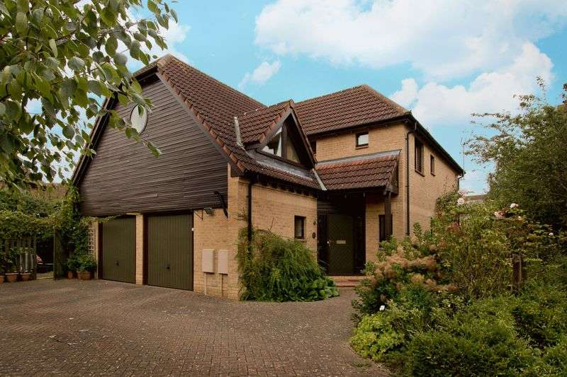 4 Bedrooms Detached House for sale in Selworthy, Milton Keynes