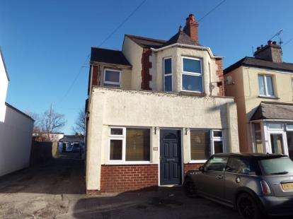 3 Bedrooms House for sale in Chester Road, Flint, Flintshire, CH6