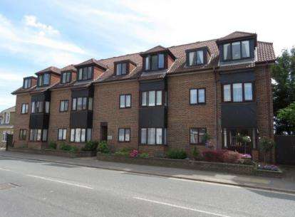 1 Bedroom Retirement Property for sale in 3A Staunton Avenue, Hayling Island, Hampshire