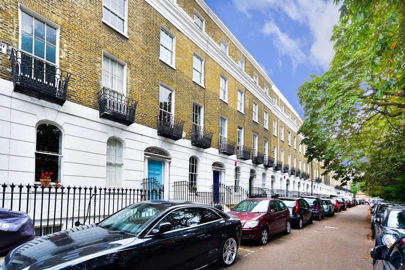 2 Bedrooms Maisonette Flat for sale in Highbury Park, N5 1TH