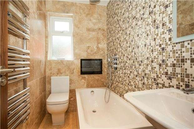 2 Bedrooms Flat for sale in High Street, EDENBRIDGE, Kent, TN8 5AJ