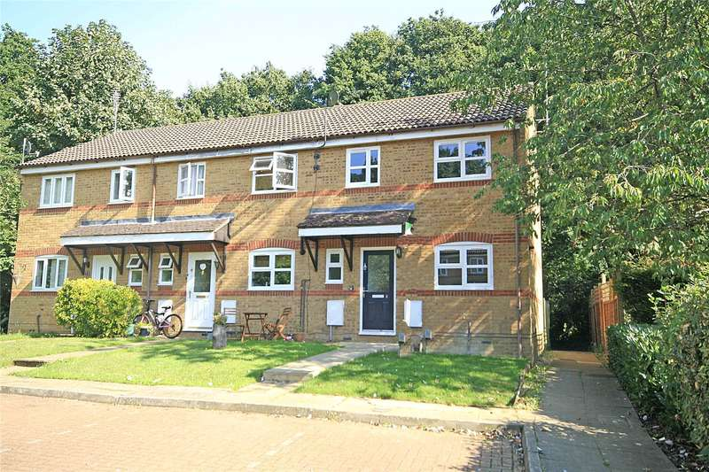 3 Bedrooms End Of Terrace House for sale in Dunfee Way, West Byfleet, Surrey, KT14