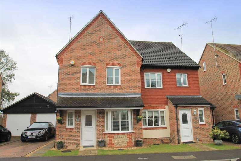 4 Bedrooms Semi Detached House for sale in Watersmead Drive, Littlehampton, West Sussex, BN17