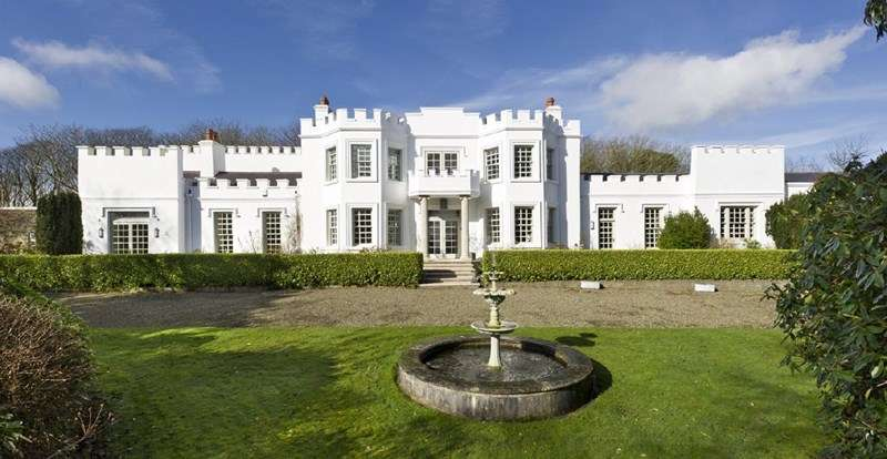 6 Bedrooms Detached House for sale in Hampton Court, Old Castletown Road, Port Soderick, IM4 1AZ