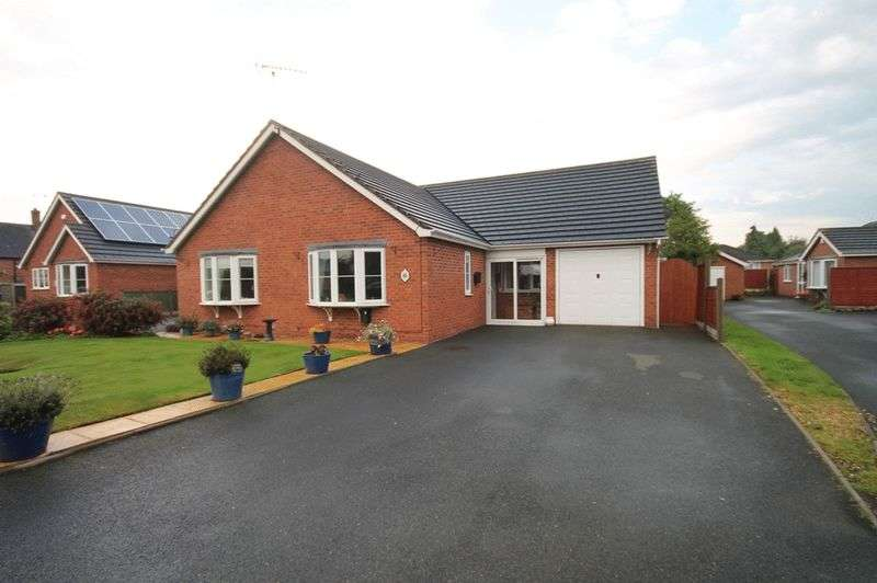 3 Bedrooms Semi Detached Bungalow for sale in Apple Grove, Market Drayton