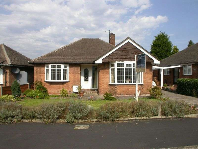 2 Bedrooms Detached Bungalow for sale in POYNTON (SANDRINGHAM DRIVE)