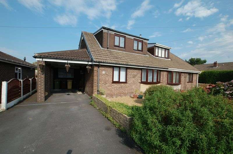 3 Bedrooms Semi Detached Bungalow for sale in Edinburgh Road, Bolton