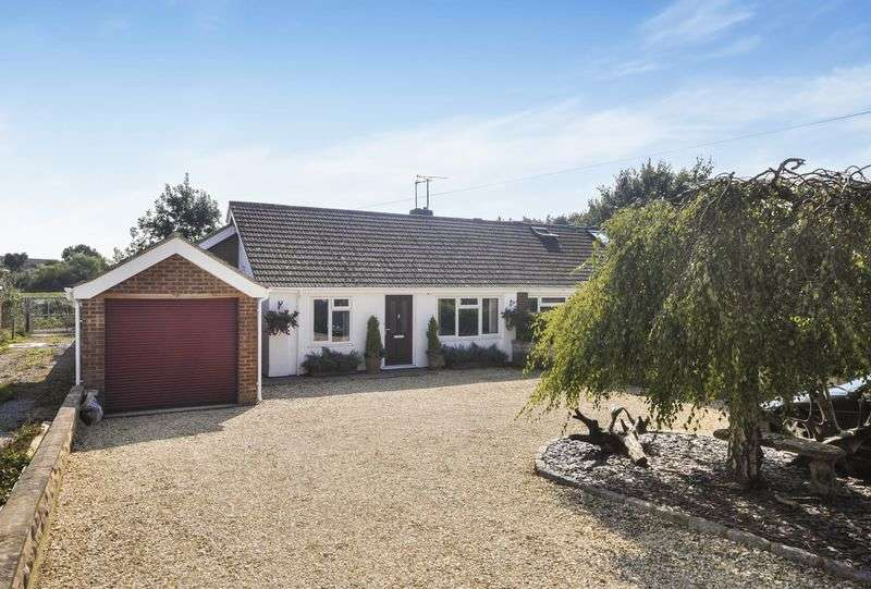 3 Bedrooms Semi Detached Bungalow for sale in Thame