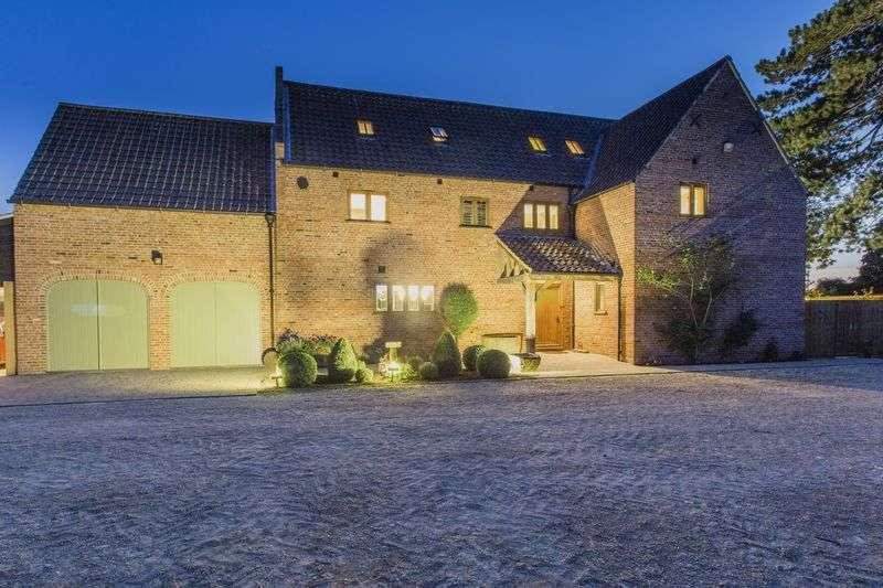 6 Bedrooms Detached House for sale in North Brink, Wisbech