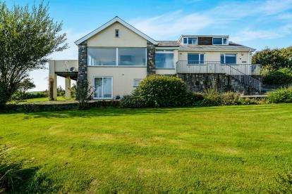 4 Bedrooms Detached House for sale in Llwyn Onn Estate, Abersoch, Gwynedd, LL53