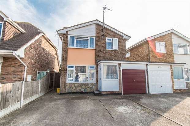 3 Bedrooms Detached House for sale in Grafton Road, CANVEY ISLAND, Essex