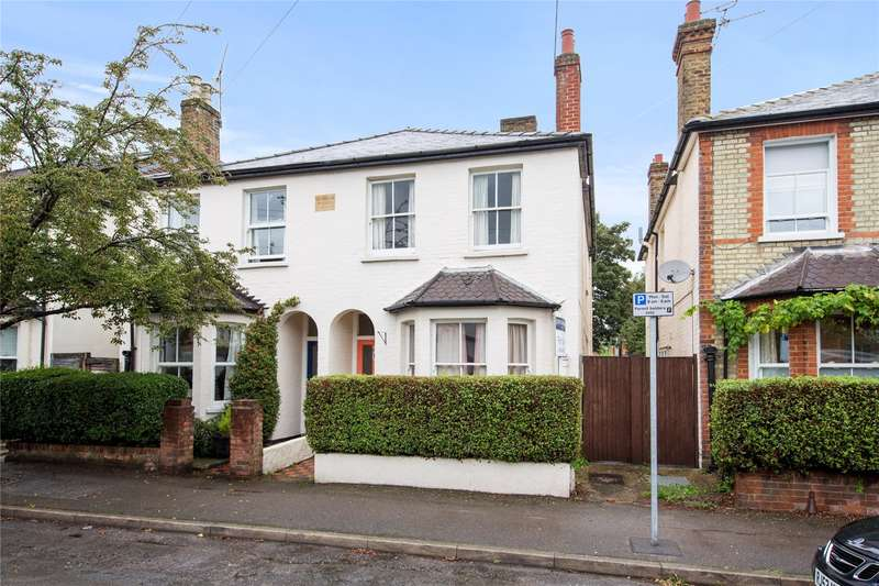 3 Bedrooms Semi Detached House for sale in Elmgrove Road, Weybridge, Surrey, KT13