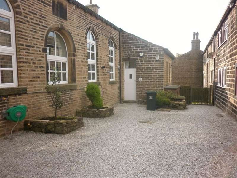1 Bedroom Apartment Flat for sale in The Courtyard, Sykes Lane, Oxenhope, BD22 9SH