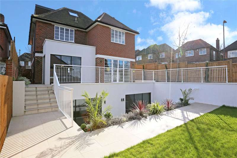 6 Bedrooms Detached House for sale in Heathcroft, Ealing, W5