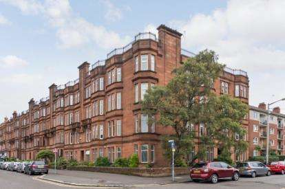 3 Bedrooms Flat for sale in Willoughby Drive, Anniesland