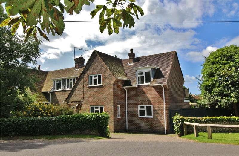3 Bedrooms Semi Detached House for sale in Golf Course Cottages, Broadwater, Worthing, BN14