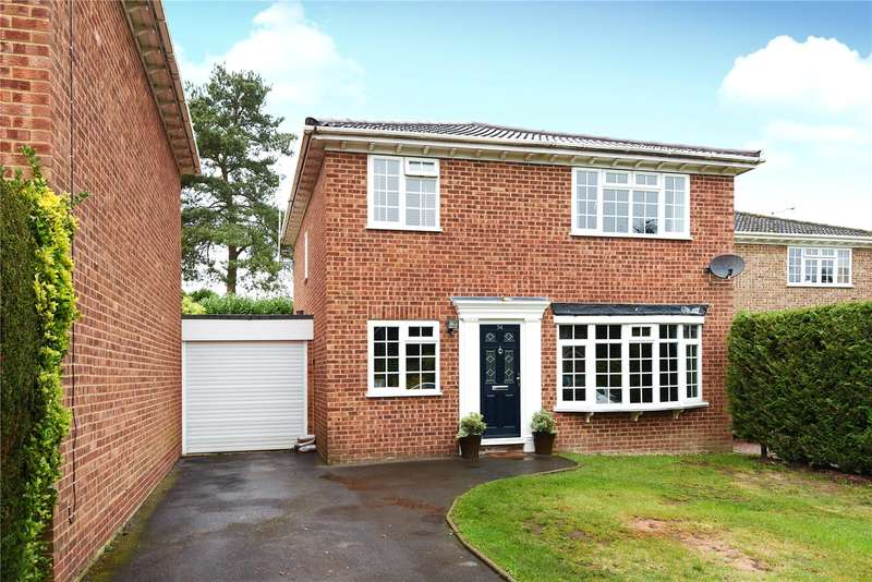 4 Bedrooms Detached House for sale in Mccarthy Way, Finchampstead, Wokingham, Berkshire, RG40