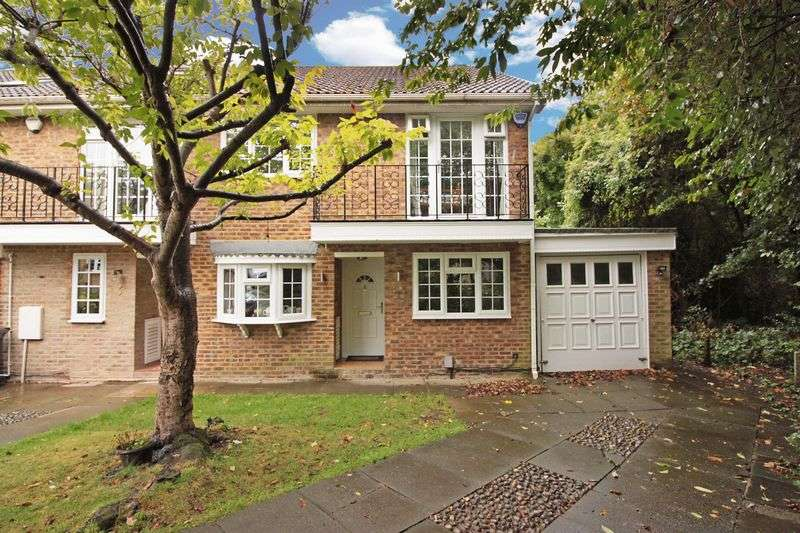 4 Bedrooms House for sale in Shaftesbury, Loughton