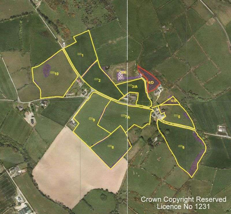 Detached House for sale in Farm of c52 Acres with House and Yard