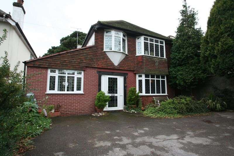 3 Bedrooms Detached House for sale in Poulters Lane, Worthing