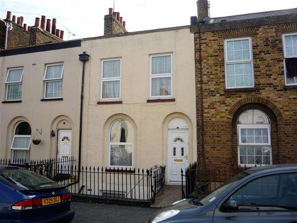 4 Bedrooms Terraced House for sale in Wellington Street, Gravesend