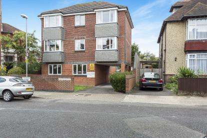 1 Bedroom Flat for sale in Southsea, United Kingdom
