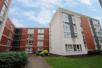 2 Bedrooms Flat for sale in Hanson Park, Dennistoun, Glasgow