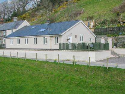 4 Bedrooms House for sale in Tan Y Fron, Bylchau, Denbigh, Conwy, LL16
