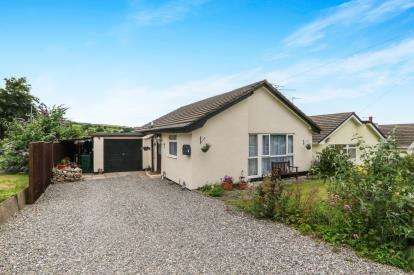 2 Bedrooms Equestrian Facility Character Property for sale in Caer Gofaint, Groes, Denbigh, Conwy, LL16