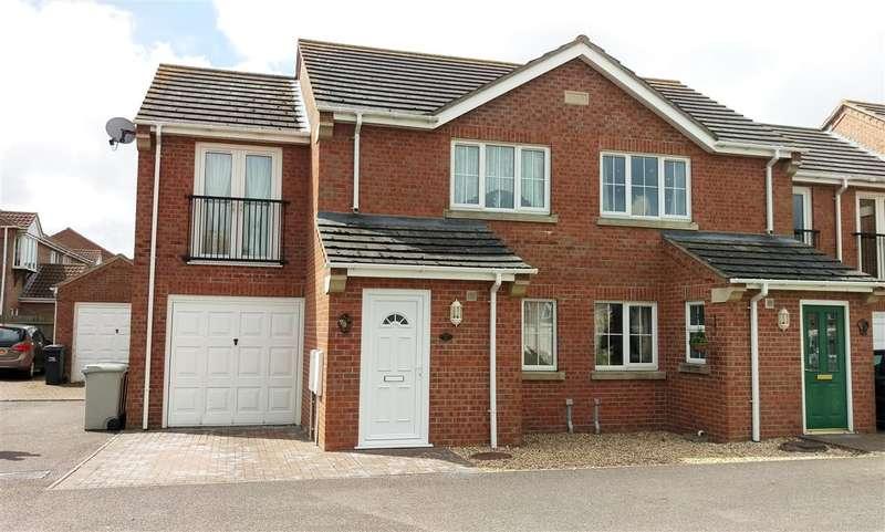 3 Bedrooms Terraced House for sale in Winston Drive, Skegness, Skegness