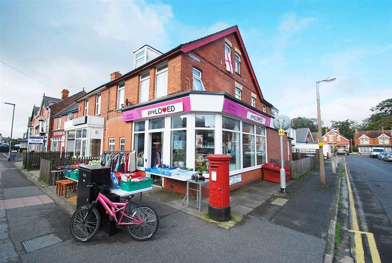 6 Bedrooms Commercial Property for sale in Drummond Road, Skegness