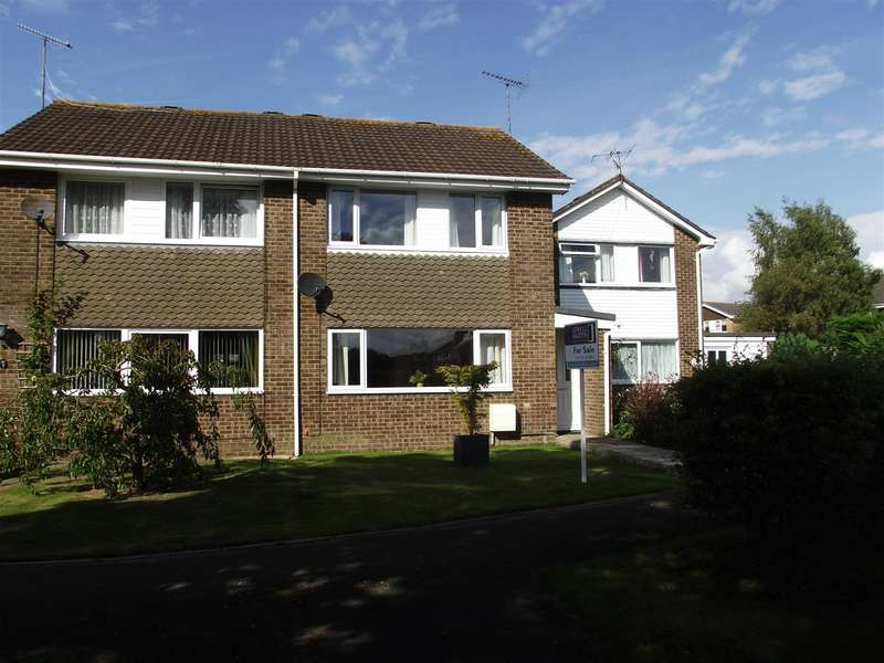 3 Bedrooms Property for sale in Prince Charles Drive, Calne