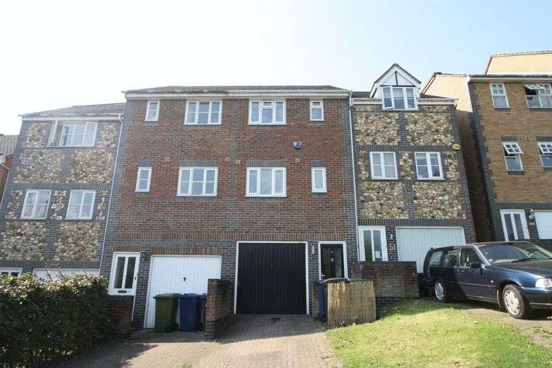 2 Bedrooms Terraced House for sale in Wheelers Park