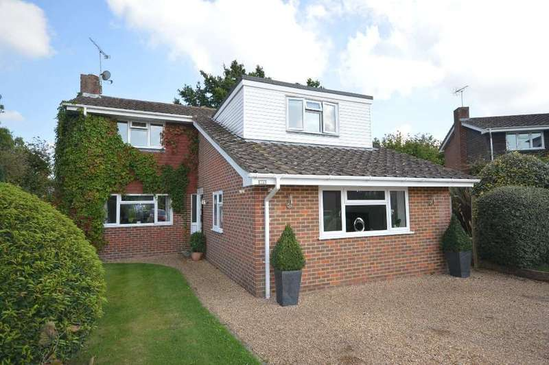 4 Bedrooms Detached House for sale in Curbey Close, West Chiltington, RH20