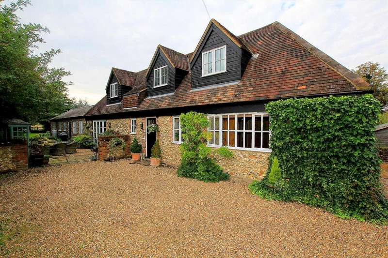 4 Bedrooms Barn Conversion Character Property for sale in Shendish Manor, Hemel Hempstead