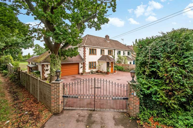 4 Bedrooms Semi Detached House for sale in Longmeadow Villas, Ifield Road, Charlwood, Horley, RH6