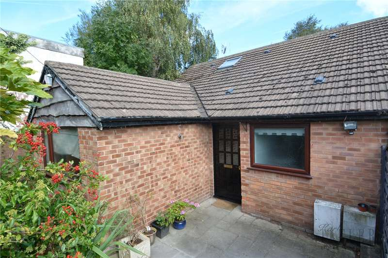 3 Bedrooms Semi Detached Bungalow for sale in Mill Road, Thingwall, Wirral