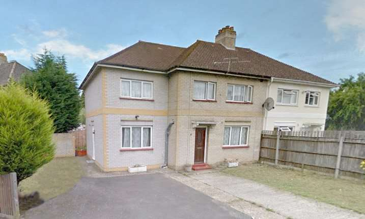 6 Bedrooms Semi Detached House for sale in Ashwood Road, Englefield Green, Englefield Green, Surrey, TW20