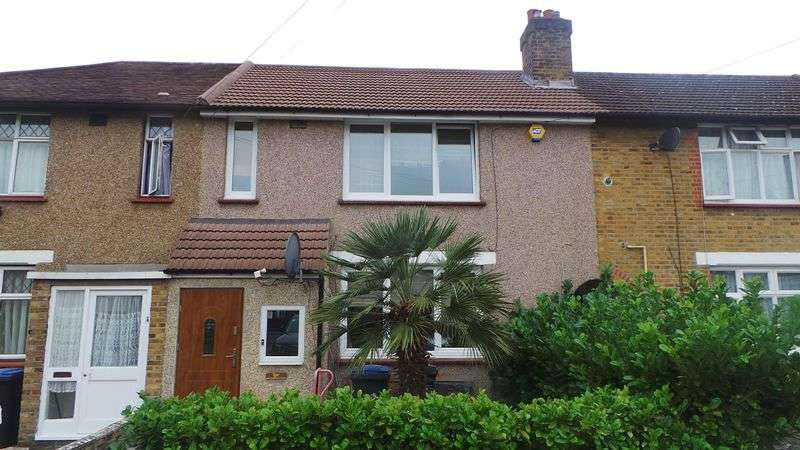3 Bedrooms Terraced House for sale in Montagu Crescent, Edmonton, N18